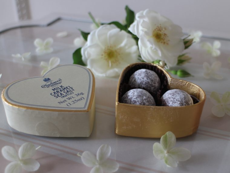 Charbonnel et Walket Truffles white sugar