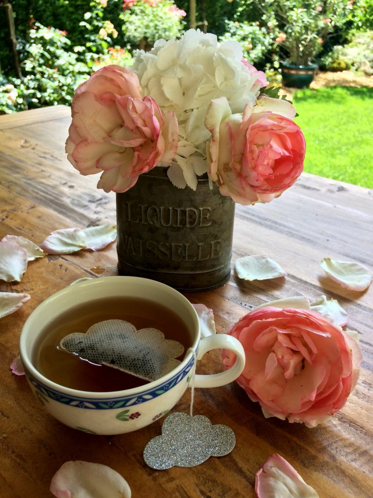 Home garden decor table Teaheritage