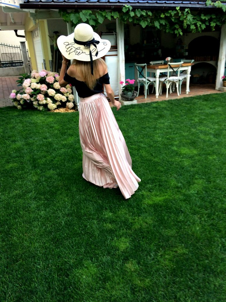 Home garden maxi skirt pastel pink Shein