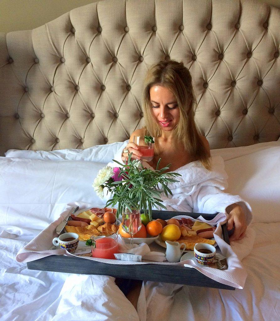 Hotel Piran fruit breakfast