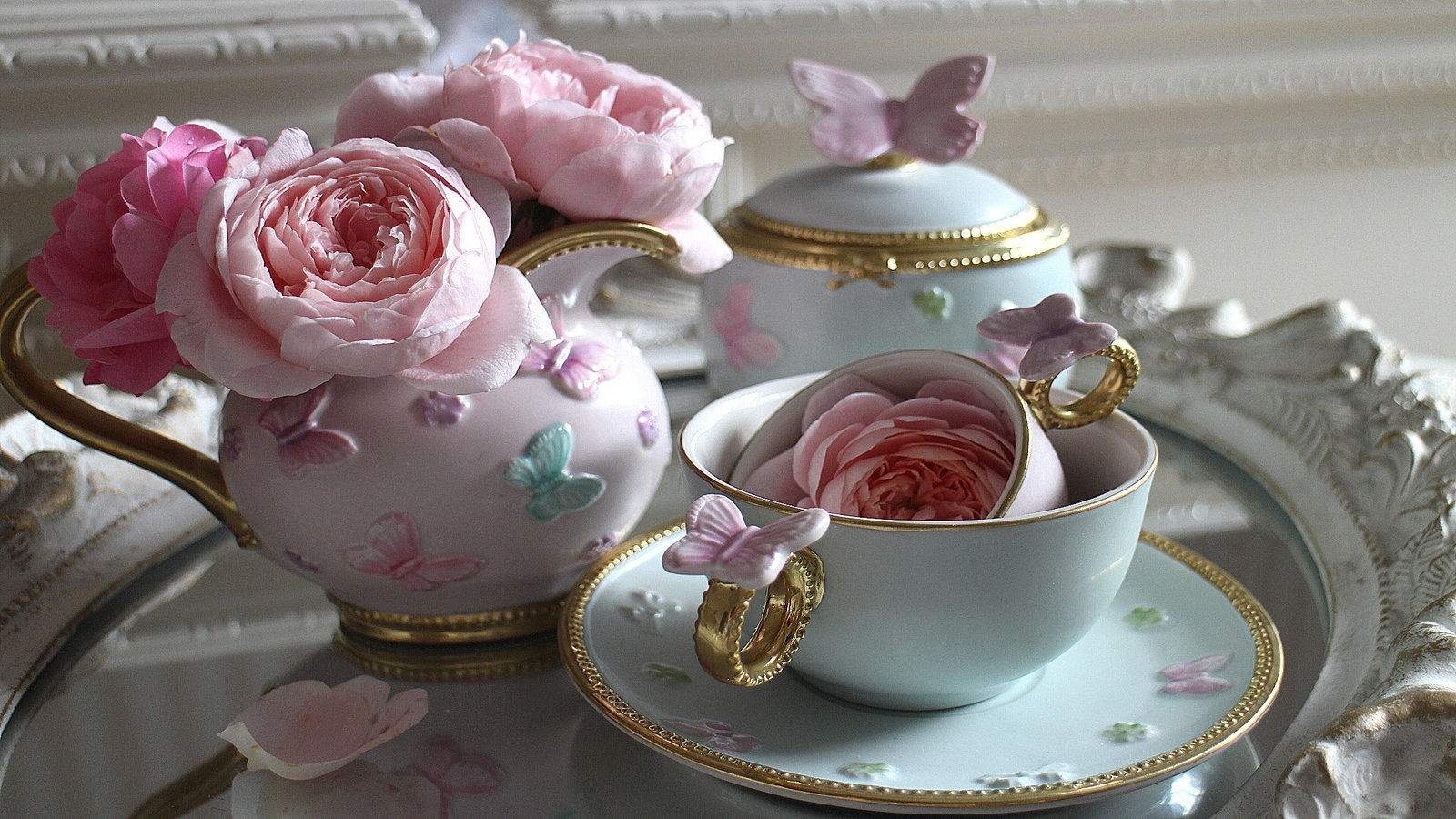 Villary luxury porcelain set